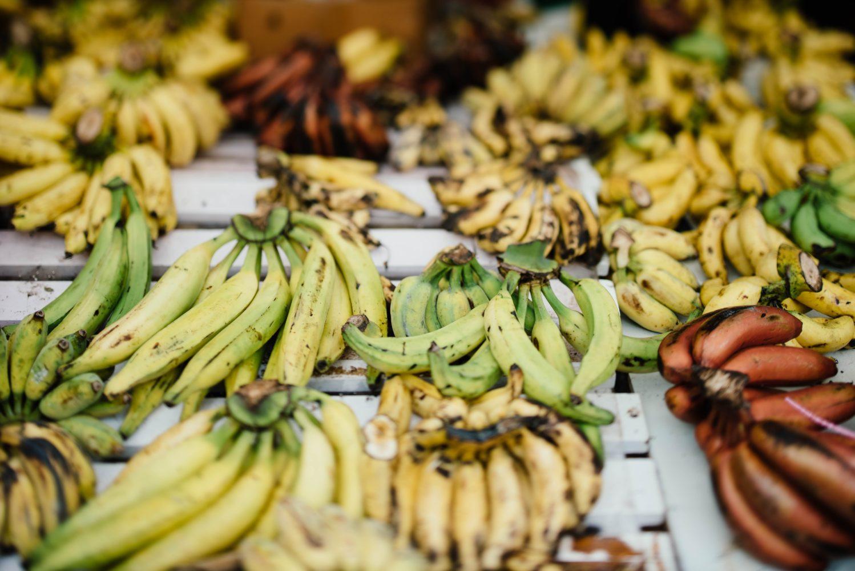 Banane auf einem entkoppelten Diätmenü